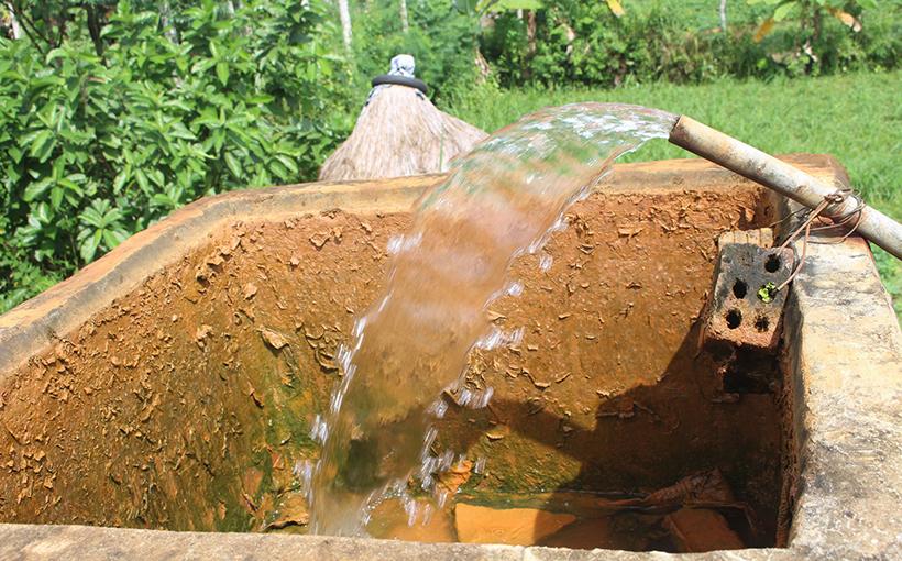 Nước giếng khoan nhiễm phèn là do nhiều nguyên nhân